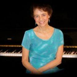 Pianist Beth Sherdell