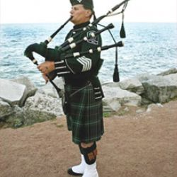 A Celtic Bagpiper For Weddings & All Occasions